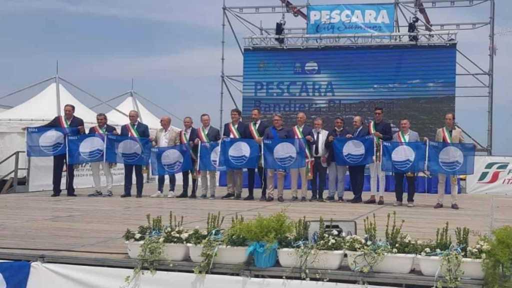 bandiera-blu-2021,-giulianova-tra-le-13-localita-abruzzesi-premiate-a-pescara