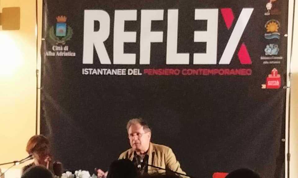 video-e-foto- -alba-adriatica,-reflex:-maurizio-ferraris-ha-aperto-la-3^edizione-del-festival