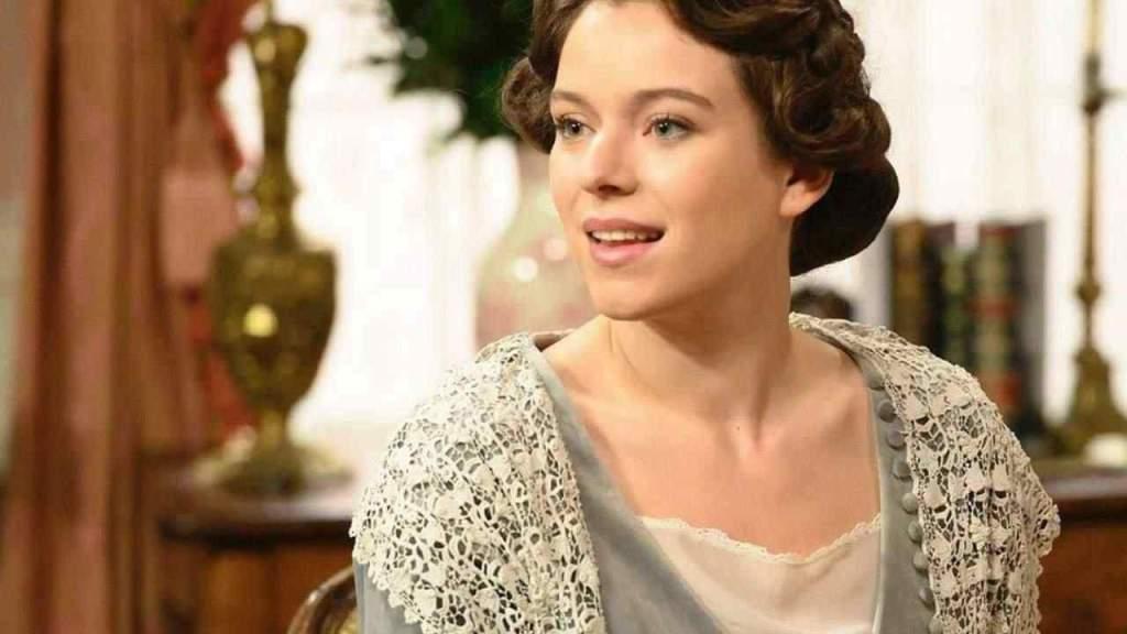 genoveva-di-una-vita,-com'e-fuori-dal-set:-l'attrice-bellissima-con-capelli-ricci-e-lunghi