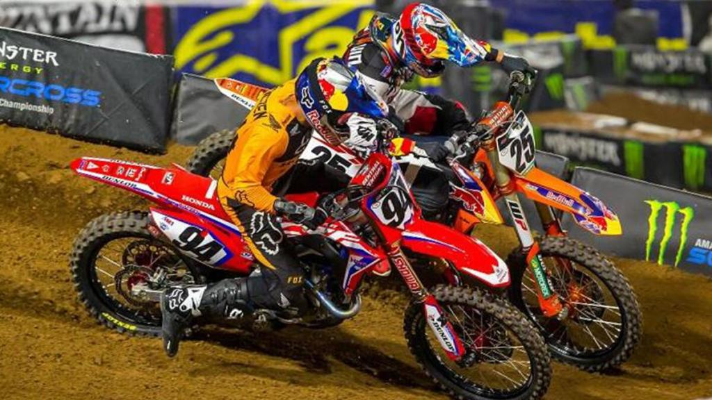 supercross-usa-2021,-round-3:-vince-webb-dopo-un-bel-duello-con-roczen