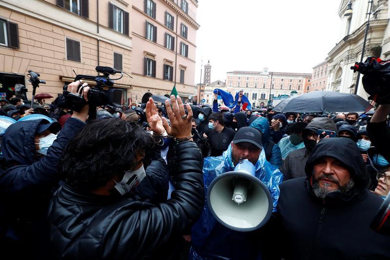 """c'e-un'italia-che-riapre-totalmente:-e-quella-di-""""io-apro""""!-1800-attivita-ripartiranno-dal-26-aprile-senza-limitazioni-e-coprifuoco"""