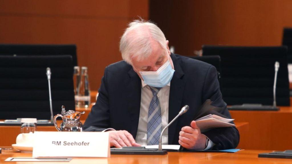 covid:-ministro-degli-interni-tedesco-seehofer-positivo-dopo-la-prima-dose-pfizer