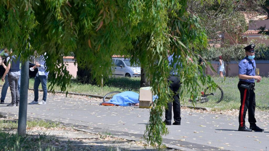 strage-vicino-roma:-spari-in-strada,-morti-un-anziano-e-due-bimbi.-uomo-barricato-in-casa-[live]