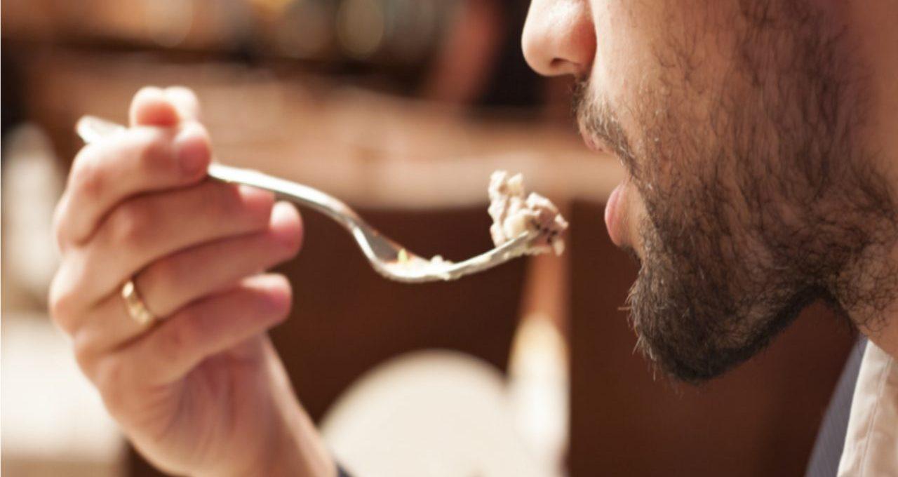 tragedia-in-ristorante,-muore-soffocato-dal-cibo:-lascia-tutti-senza-parole
