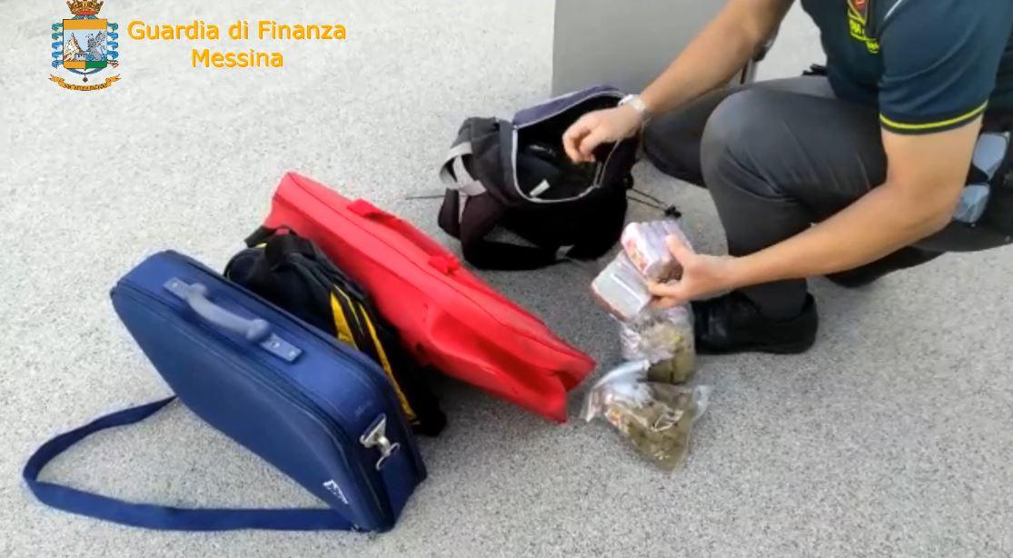 messina:-arrestato-corriere-della-droga,-sequestrati-oltre-3-kg-di-hashish-[video-e-dettagli]