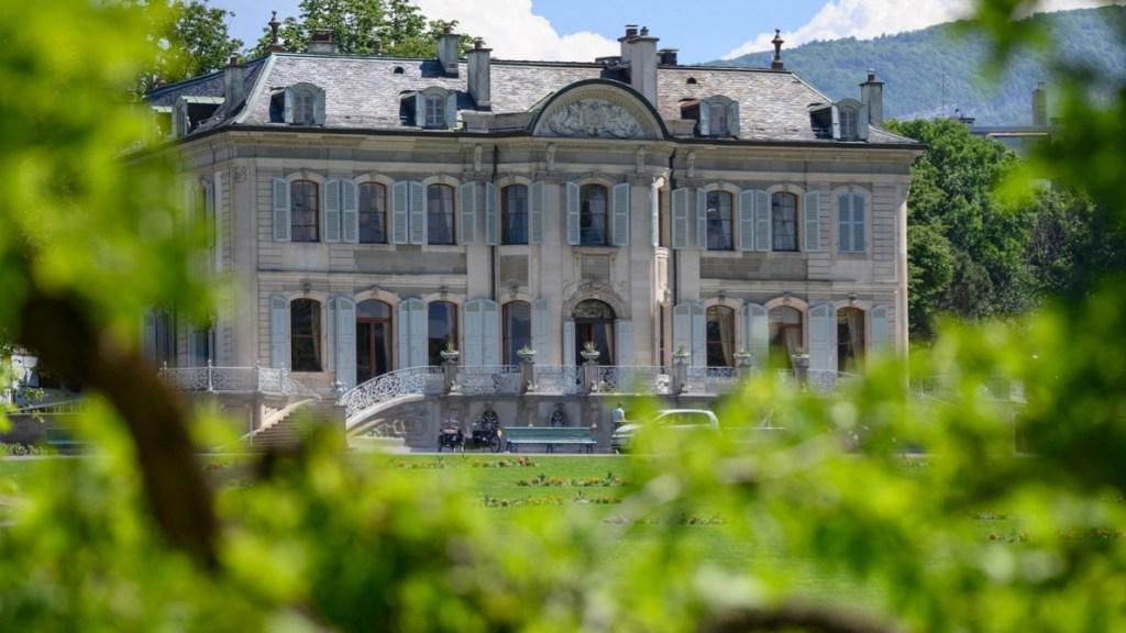 dentro-villa-la-grange,-sede-del-summit-tra-biden-e-putin