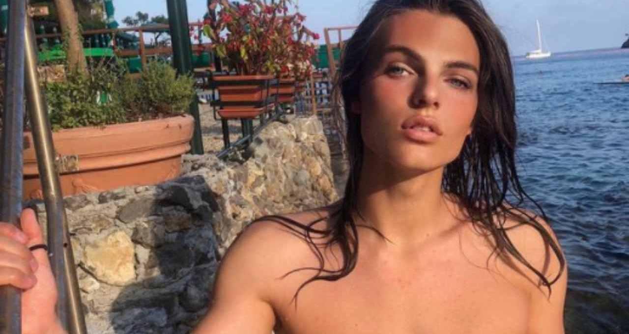 una-mamma-famosissima-e-una-bellezza-fuori-dal-comune-a-19-anni:-damian-sta-conquistando-i-social