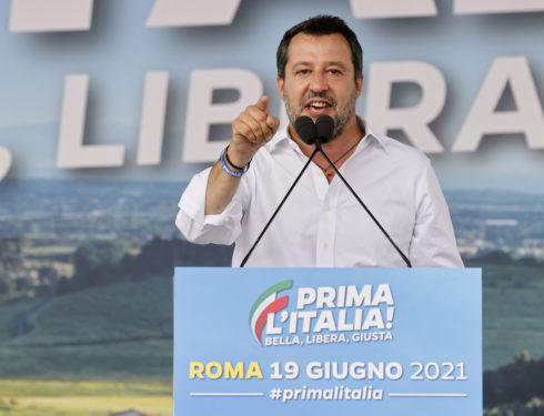 """la-""""prima-italia""""-di-salvini-in-piazza-fa-scintille-sulla-giustizia"""