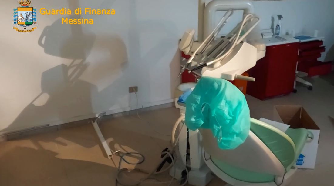 messina:-scoperto-panettiere-che-si-fingeva-dentista,-effettuava-visite-ed-interventi-in-uno-studio-in-pessime-condizioni-igienico-sanitarie-[video-e-dettagli]