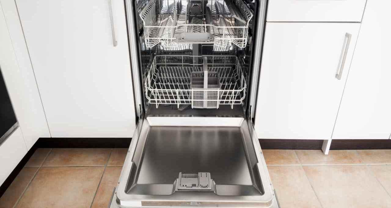 in-soli-5-minuti-riuscirai-a-pulire-la-lavastoviglie-ecco-come
