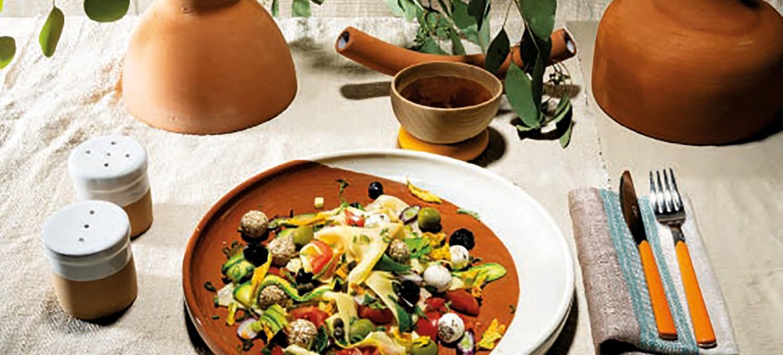 una-lasagnetta-con-polpettine-di-robiola-e-grana-da-gustare-calda-o-fredda,-perfetta-per-un-pranzo-estivo
