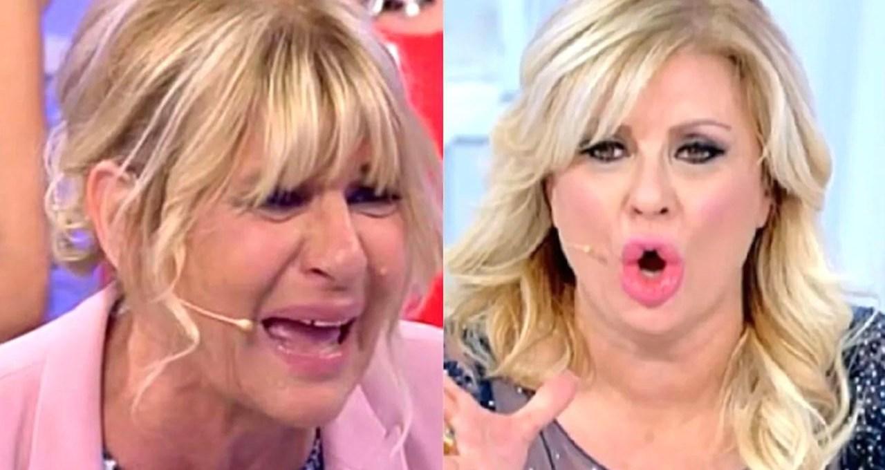"""tina-cipollari-affonda-gemma:-""""seno-rifatto?-resti-sempre-vecchia!"""""""