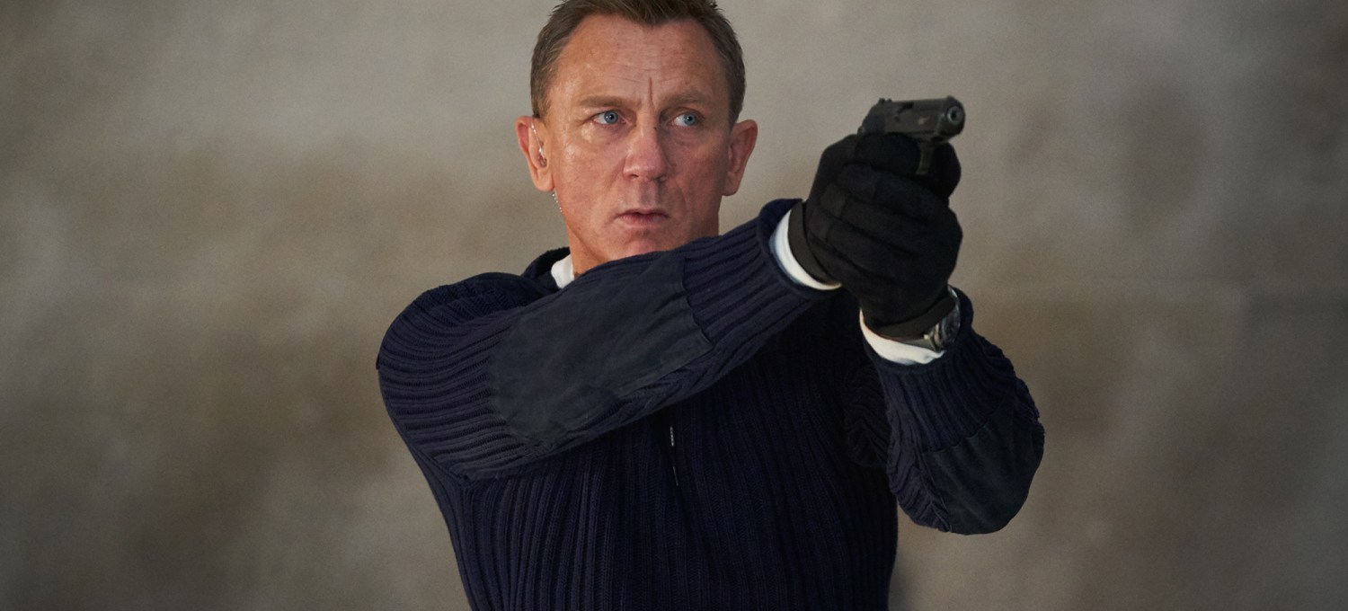 'no-time-to-die'-review:-daniel-craig's-bond-gets-the-send-off-he-deserves-in-the-series'-best-entry-since-'casino-royale'