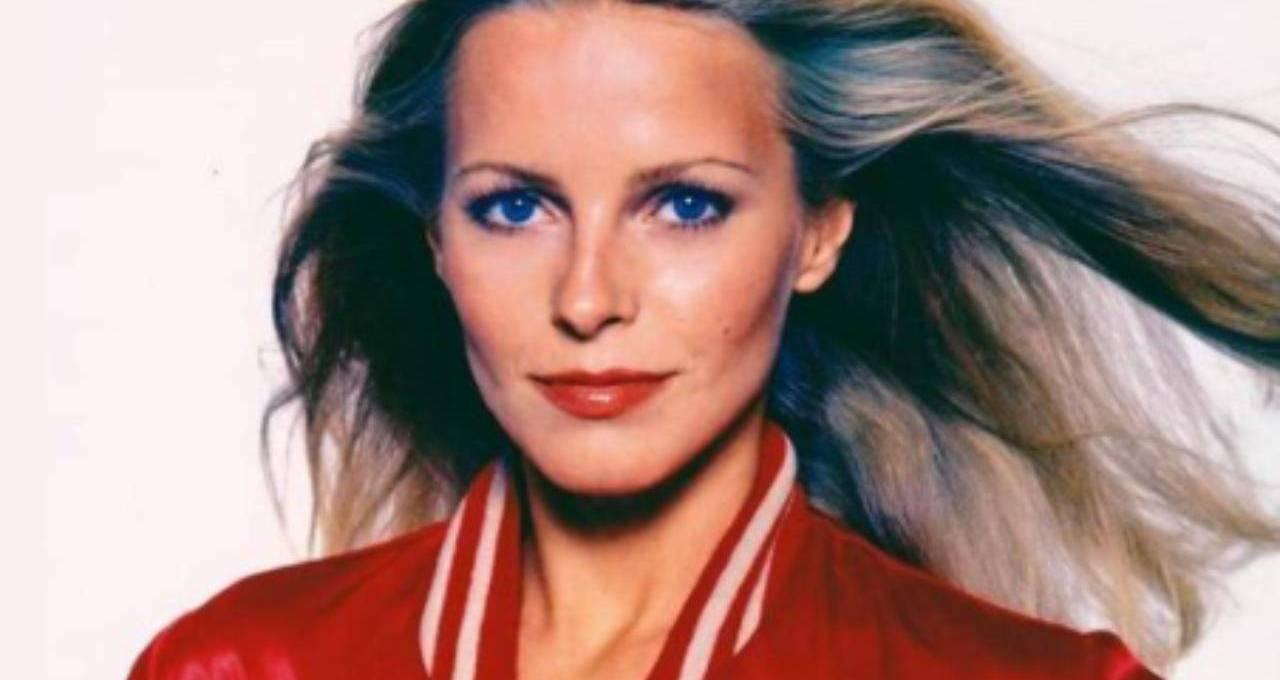 e-stata-la-bellissima-kris-munroe-in-'charlie's-angels':-oggi-l'attrice-ha-70-anni,-vederla-vi-lascera-senza-parole