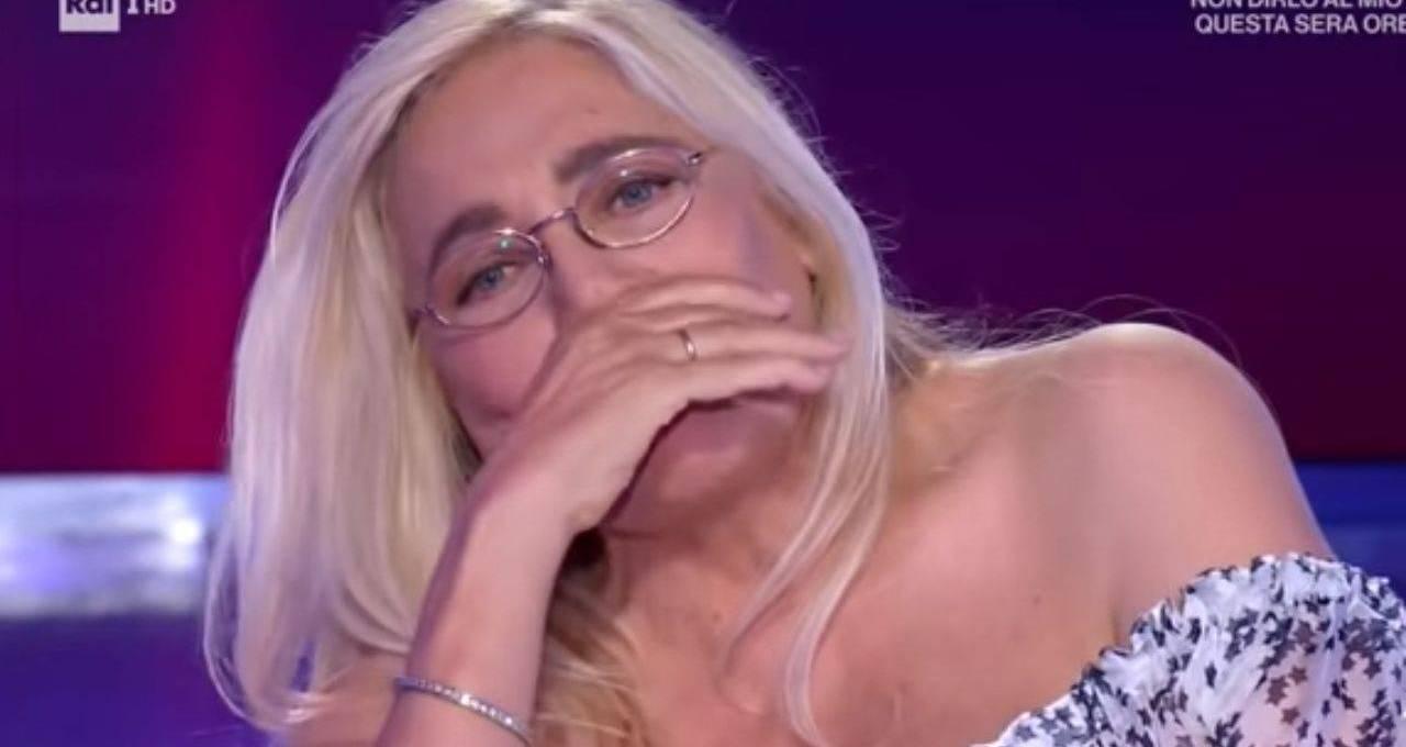 """mara-venier,-confessione-in-lacrime:-""""non-c'e-piu"""""""