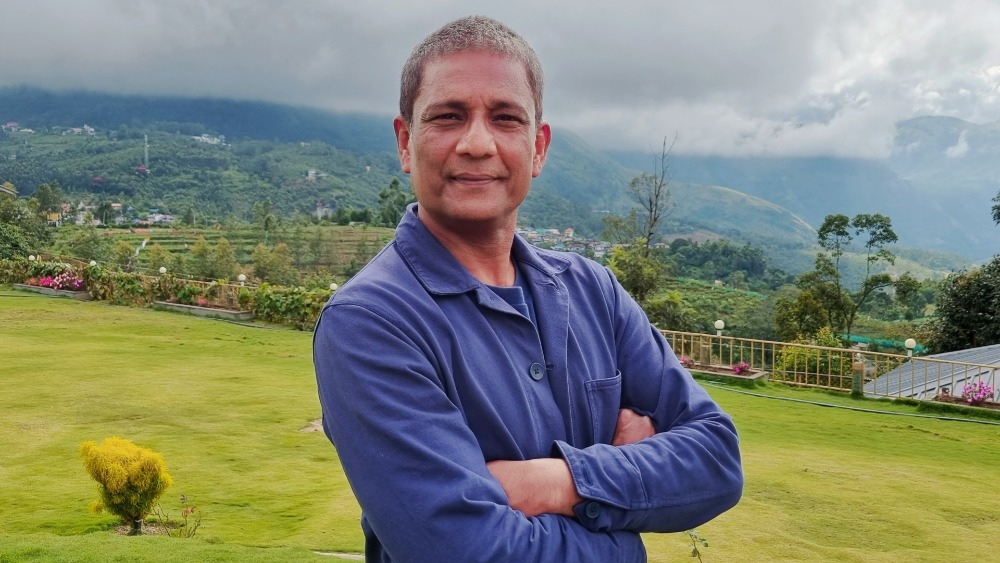 busan:-india's-adil-hussain-boards-apm-project-'riding-on-the-moon-boat'-(exclusive)