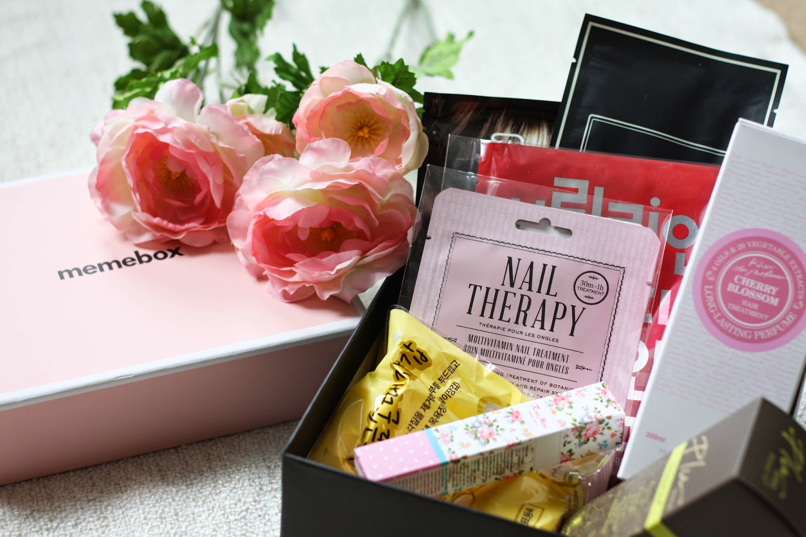 The ONE subscription beauty box I love - Memebox review