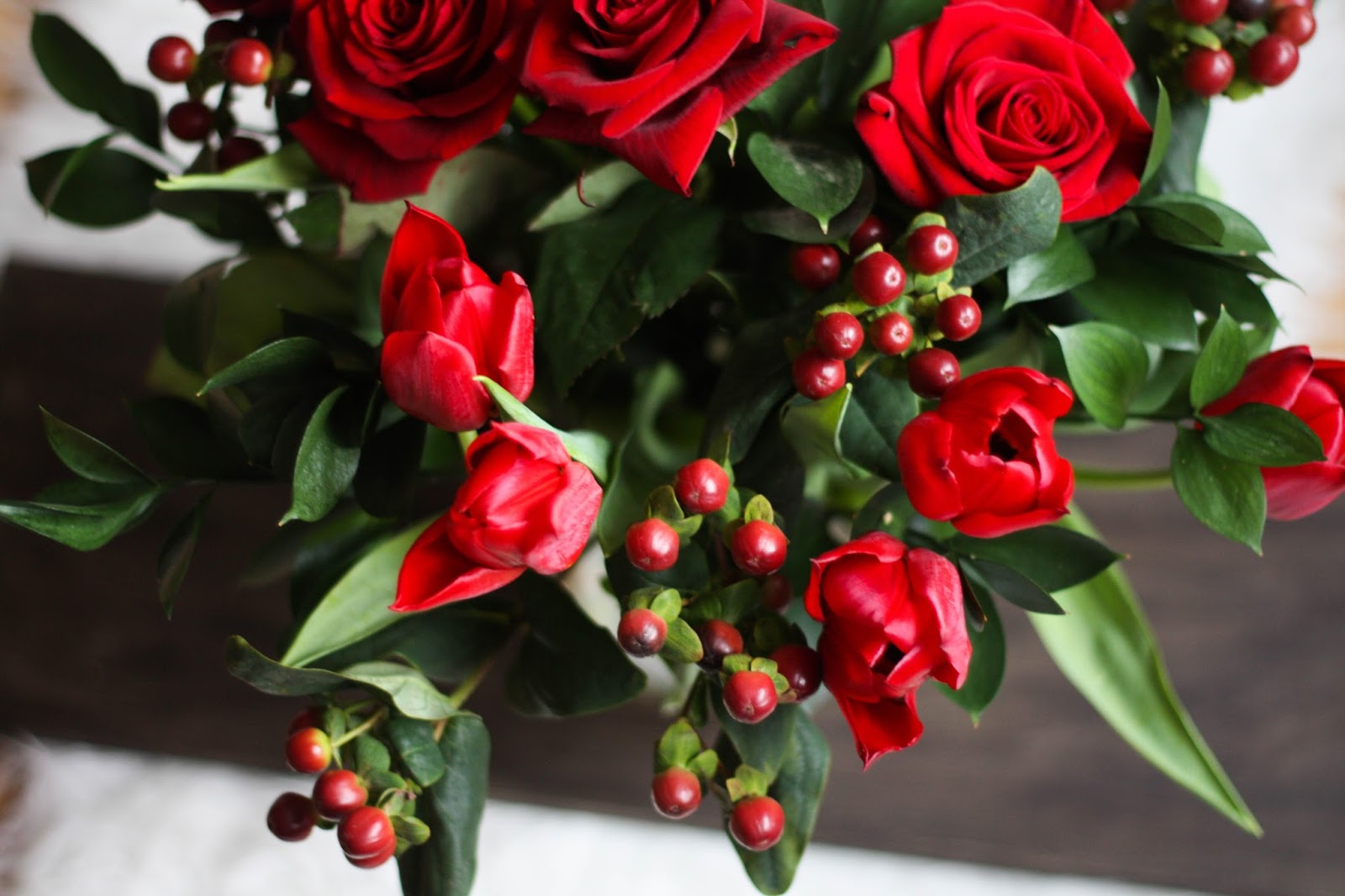 Winter blooms: 5 cut flowers for your winter table