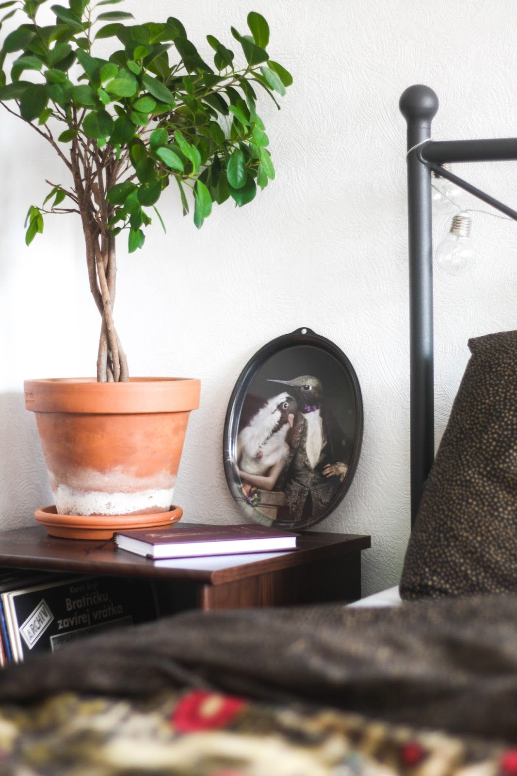 Inspired by Instagram: Beautiful home decor with mid-century flare