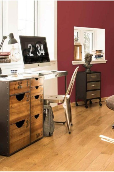 Recreate the Pin: Industrial workspace