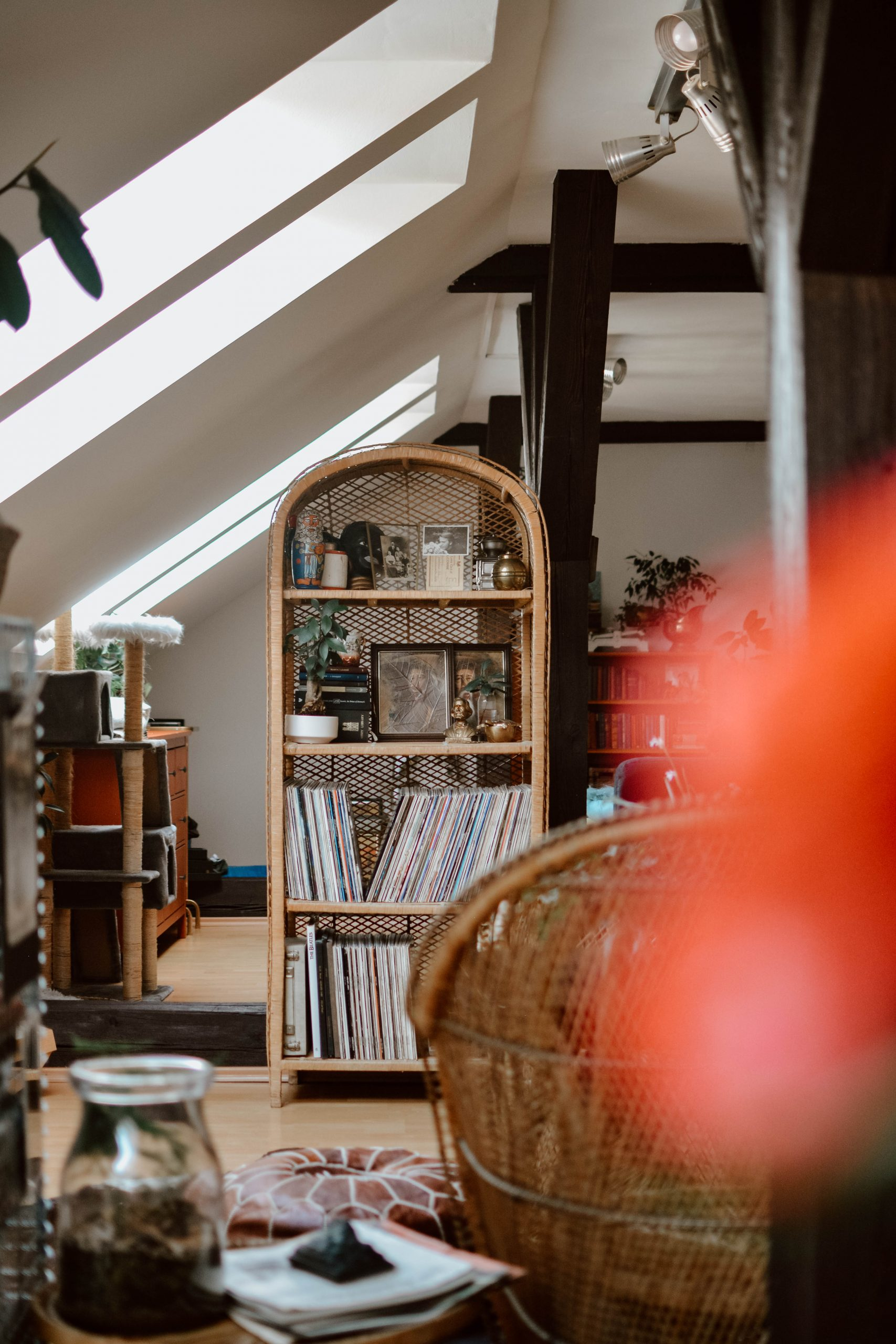 5 less obvious places in your home to declutter