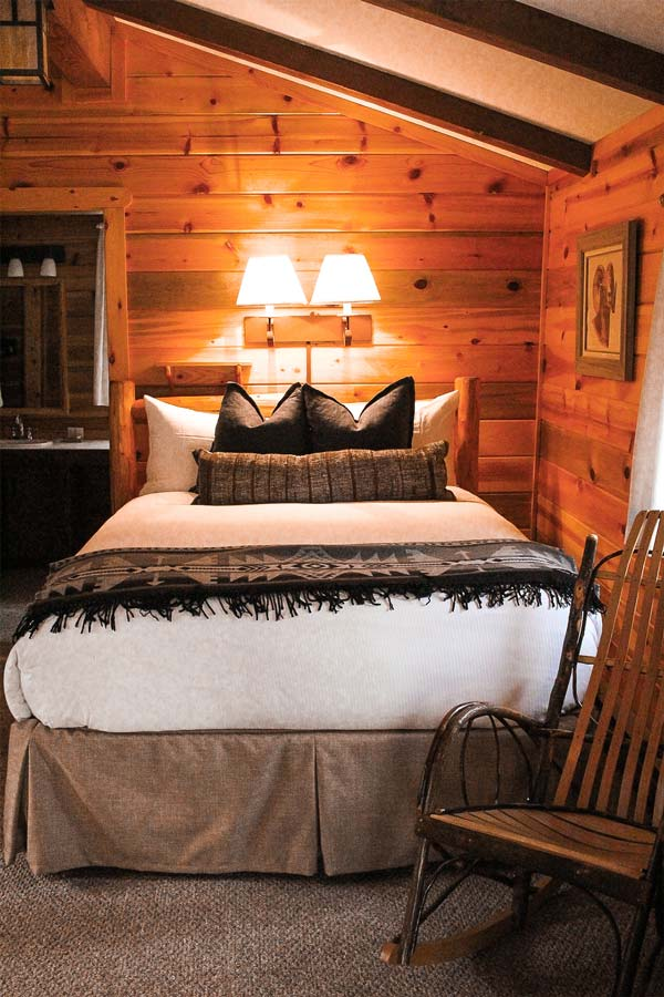 Blue Spruce Cabin at Lone Mountain Ranch