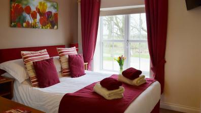 Greetham Retreat Holidays received Lincolnshire first self-catering VisitEngland ROSE award