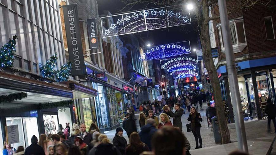 - Your Guide To The Lincoln Christmas Light Switch-on 2018