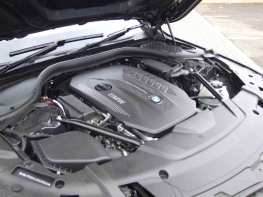 BMW-740Ld-xDrive_exterior_9