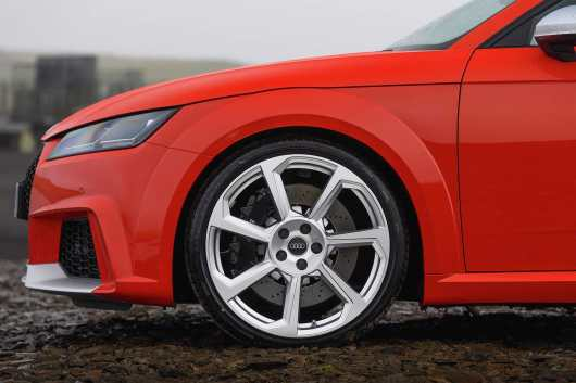 AUDI_TT_RS_COUPE_01