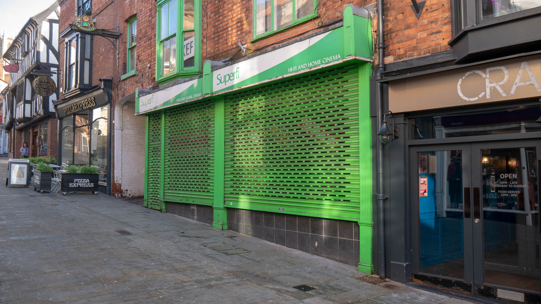 Lincoln High Street Electronics Shop Closes