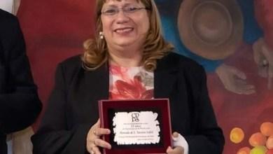 Photo of LIC. TERESITA MERCADO: RECONOCIMIENTO POR SUS 25 AÑOS DE PROFESIÓN (VÍDEO)
