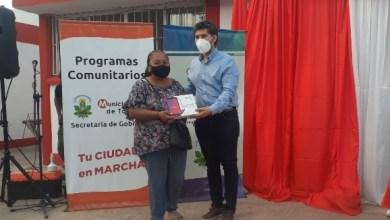 Photo of 100 jóvenes de la loma recibieron sus tablets