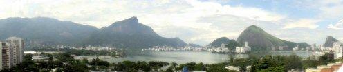 La laguna Rodrigo de Freitas, vista desde la terraza del Shopping Leblon. Enero de 2012