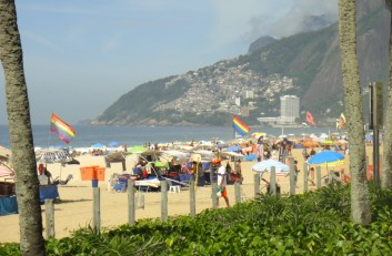 Vidigal desde la playa de Ipanema.