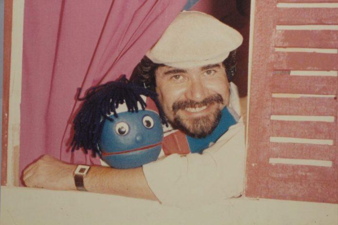 Carlos Crotte y su inseparable Sixto. Fotografía: Iván Serrano Jauregui