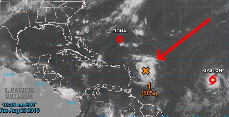 Posición de la onda tropical el martes en la mañana