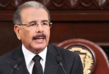 Photo of Danilo Medina designa la Comisión de Transición Gubernamental; invita al presidente electo a designar la contraparte