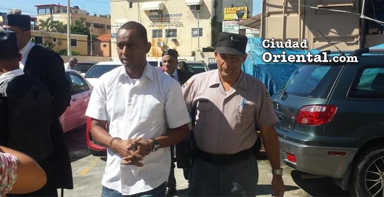 Rafael Lara, bajo custodia policial. (Foto de archivo)