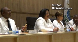 Desde la izquierda, el alcalde Alfredo Martínez; la Presidenta del Concejo de Regidores Ana Tejada; la Vice Alcaldesa Jacinta Estevez y el Secretario General Juan Lópéz (Foto de archivo)