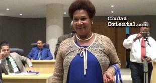Bernarda Aracena ingresa a la Sala Capitular