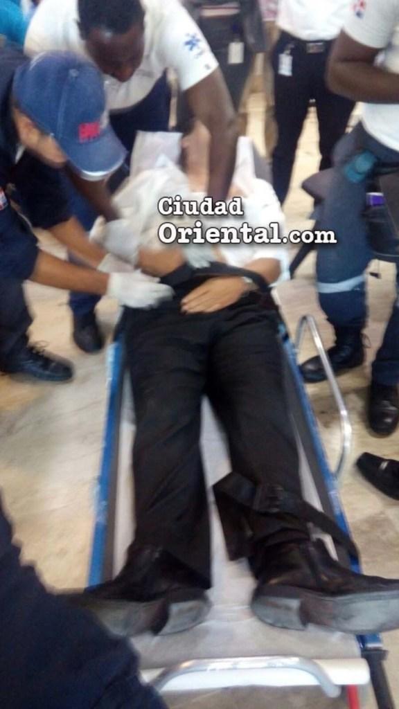 Pércival Peña asistido por personal del 911