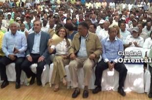 Dirigentes del PRM en el acto de Calero