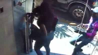 Photo of Vídeo + fotos – Un pistolero perpetra asalto en el edificio que reside la fiscal Raquel Cruz