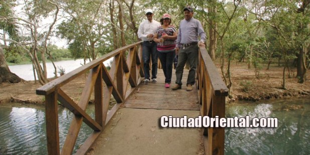 Puente sobre el Cachon de La Rubia en su desembocadura al rio Ozama