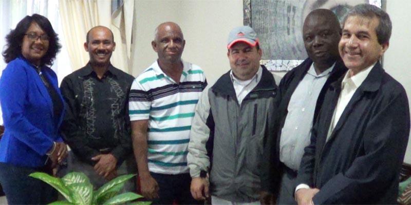 Regidores FA, MR y PRSD expresan solidaridad a Director de Ciudad Oriental