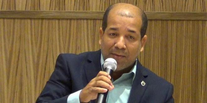 Regidor Ruddy Castro Arias