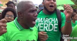 """Activistas verdes haboan de la supuesta burra """"inteligente"""""""