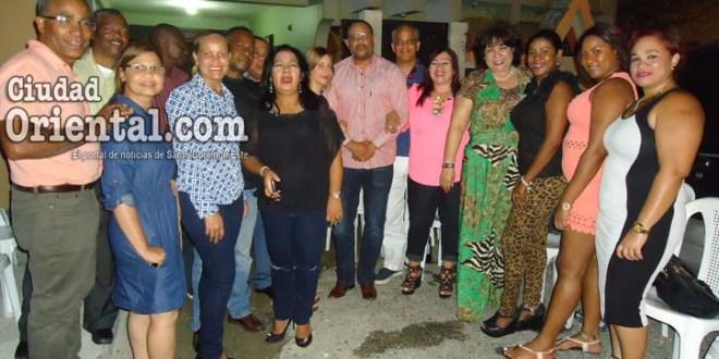 El candidato Diego José García, junto a los que le apoyan