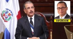 Danilo Medina y, el recuadro, Eddy Olivares